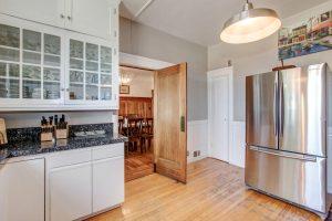 Casa Bella kitchen and fridge